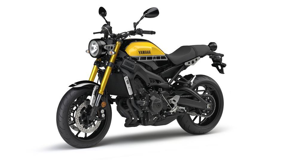 2016-Yamaha-XS850-EU-60th-Anniversary-Studio-007