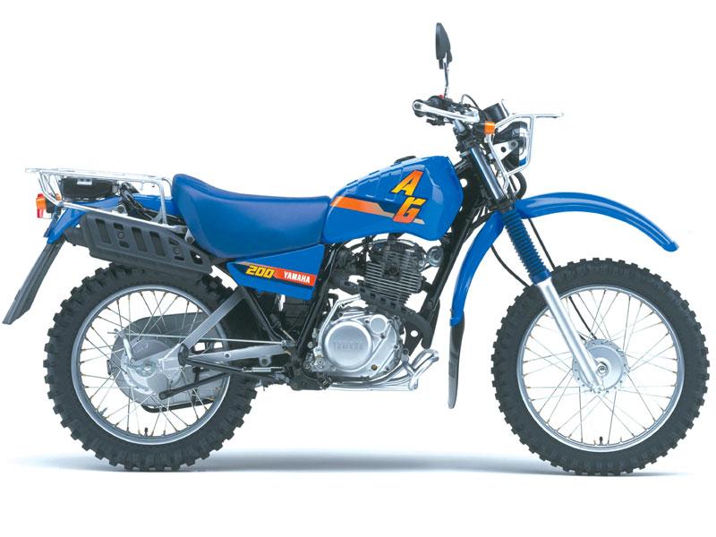 Yamaha_AG_200